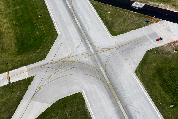 DAVID LIPNOWSKI / WINNIPEG FREE PRESS Runway junction at Winnipeg James Armstrong Richardson International Airport  Aerial photography over Winnipeg May 18, 2016 shot from STARS helicopter.