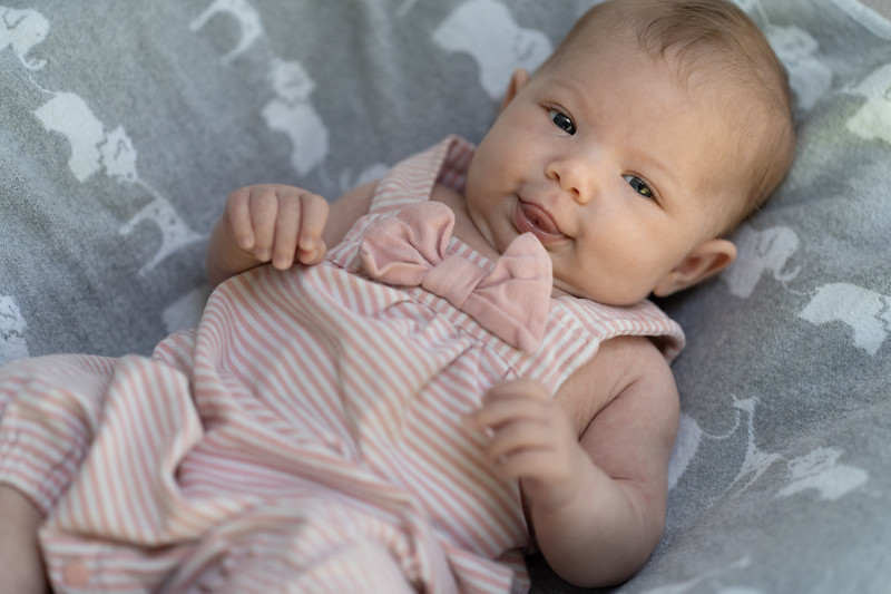 Mikayla 6-weeks 03188 by Art M Altman 2018-Aug.jpg