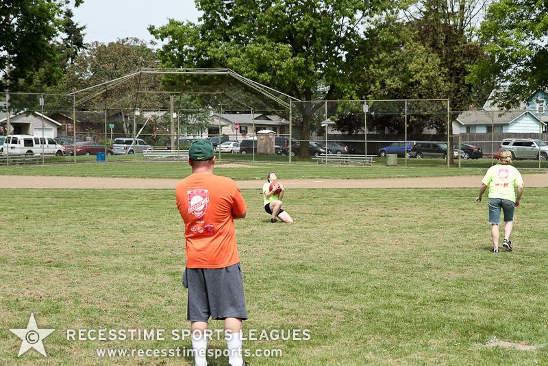 kickballspring2012TRNY-50.jpg