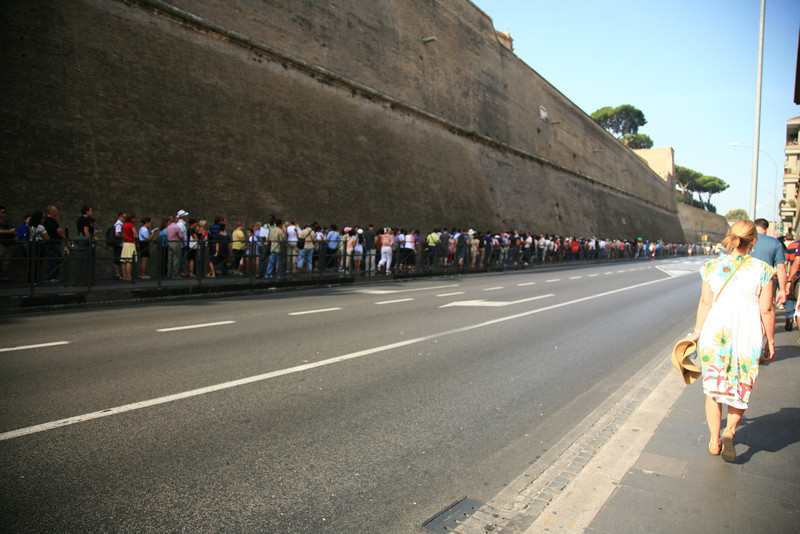 Line for the Vatican Museum -- and the Pope isn't even in!
