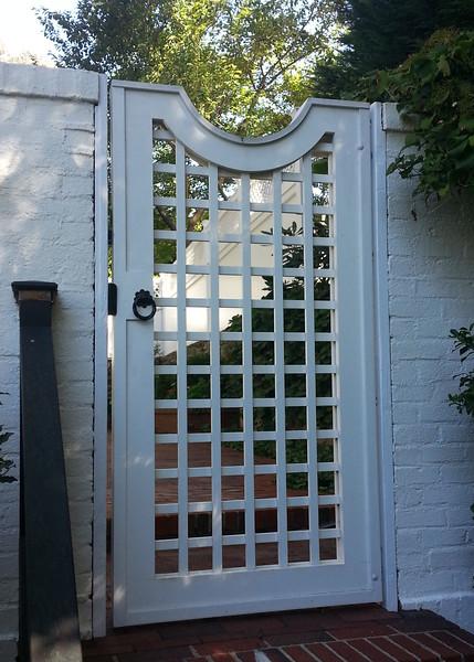 185 - Bronxville NY - Lattice Gate