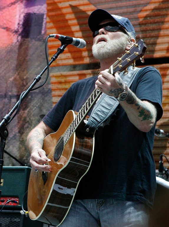 . ** FILE **  Gregg Allman of the The Allman Brothers Band performs at Farm Aid on Randall\'s Island in this Sept. 9, 2007, file photo in New York. An Allman Brothers Band member says Gregg Allman is unable to play several upcoming concerts because of his treatments for hepatitis C. Drummer Butch Trucks says the band has canceled appearances in Florida next month and bowed out of its annual run of shows at Manhattan\'s Beacon Theatre in May.  (AP Photo/Jason DeCrow, file)