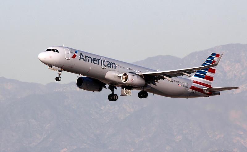 N114NN AMERICAN A321