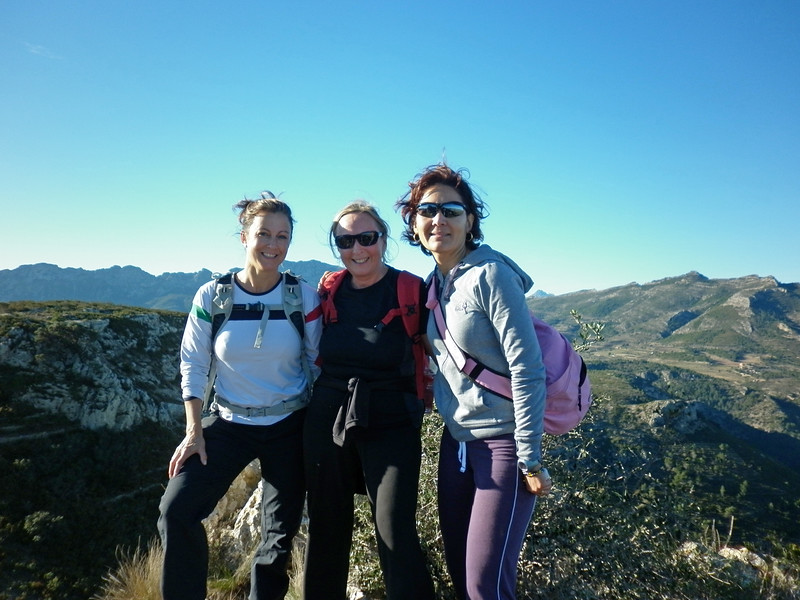 Charlotte, Julie and Shay at Barranc del Cau