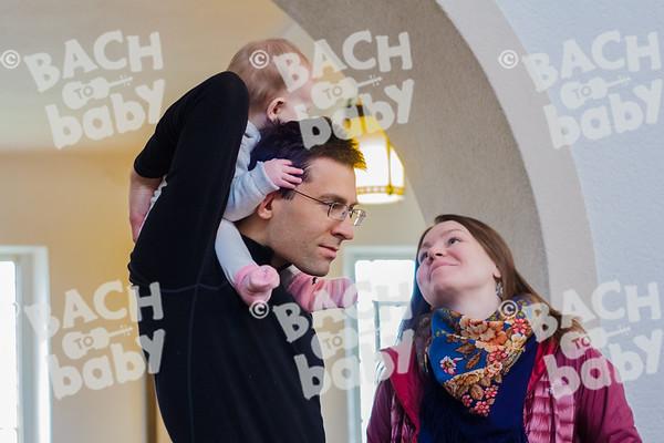 ©Bach to Baby 2017_Laura Ruiz_Teddington_2017-03-18_52.jpg