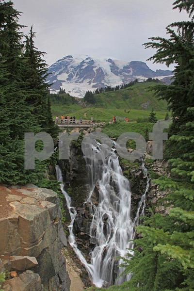 Mt. Rainier & Myrtle Falls 2314.jpg