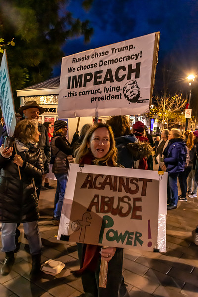 Impeachment eve-Bill Clark-21.jpg