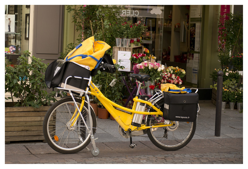 La Poste - Energy efficient way to deliver the mail.