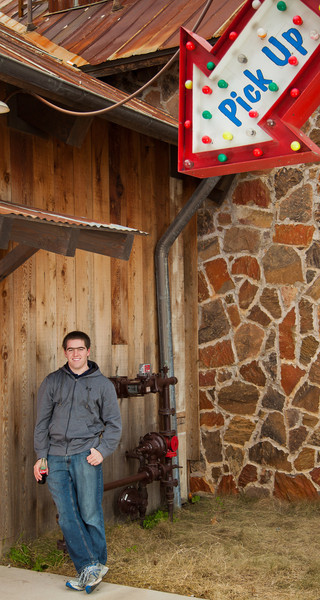 Tim Senior Pics 96704.jpg