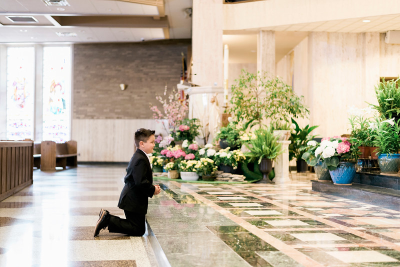 2019-divine-child-dearborn-michigan-first-communion-pictures-intrigue-photography-session-51.jpg