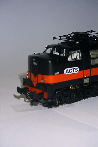 philotrain 870-24-8 1255 ACTS zwart kop.JPG