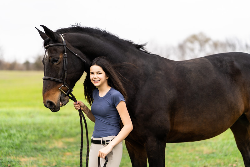 Addison-Poses-Horse-Portraits-010.jpg