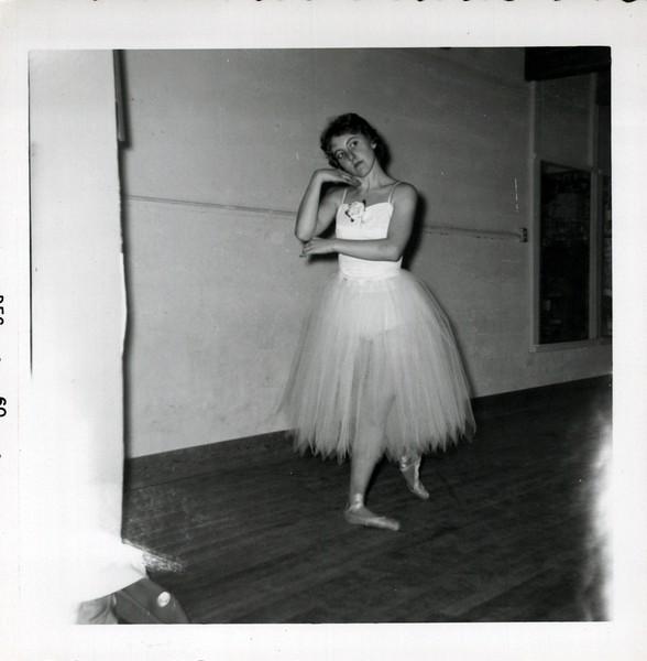 Dance_2841_a.jpg