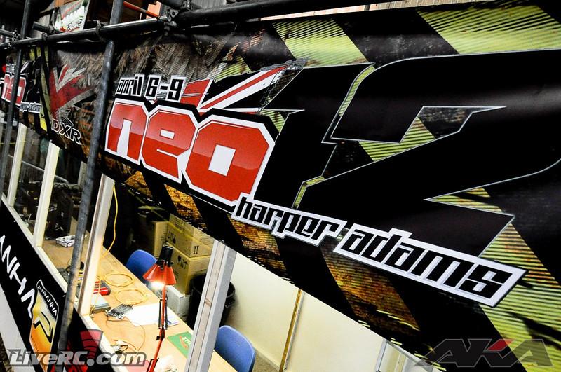neo122.jpg