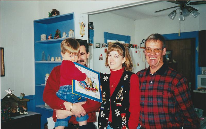 Taylor, Keith, Jeannie, Dad - Xmas 2000