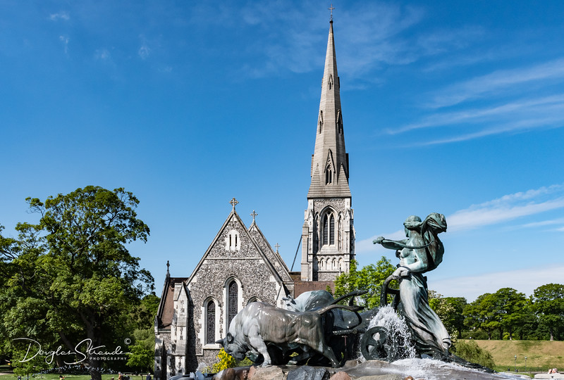 Gefion Fountain & St. Alban Church