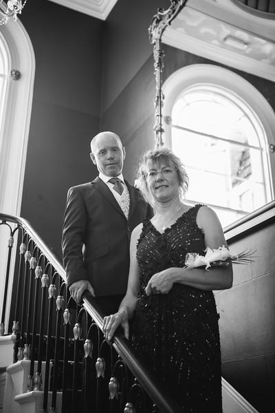 Mr and Mrs -125.jpg