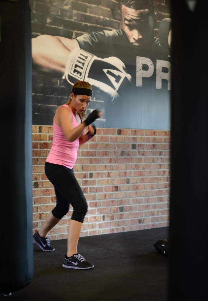 . Lindsay Spadino participates in a class.  (Pioneer Press: Chris Polydoroff)