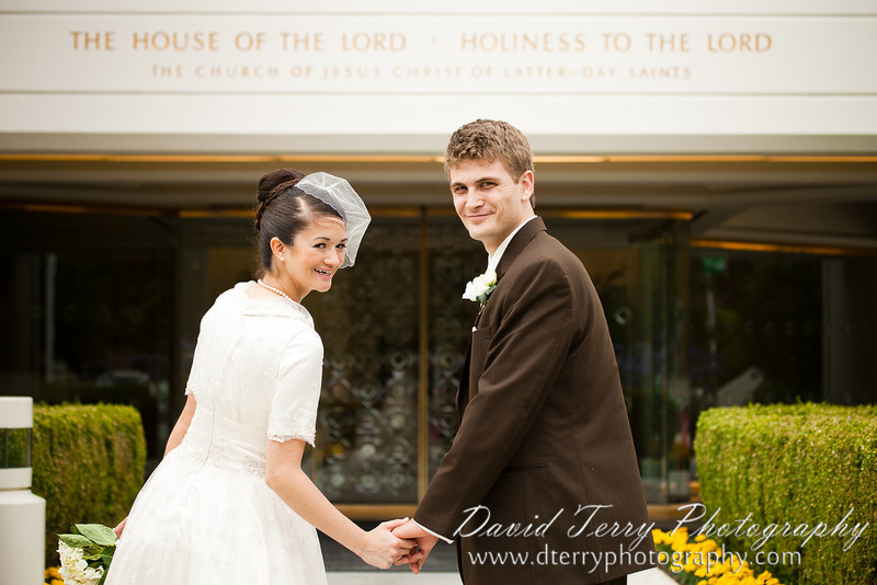 San Diego Temple Wedding by David Terry Photography