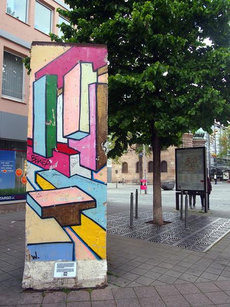 P5208276-berlin-wall-monument.JPG
