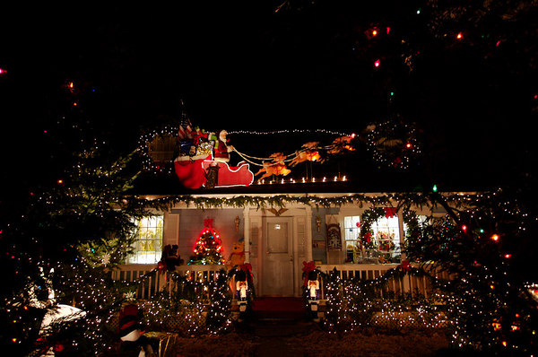 Christmas Lights Around Arlington - 2006