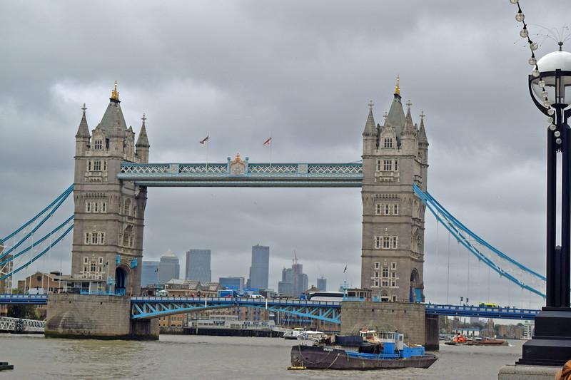 2019 London and Paris (97).JPG