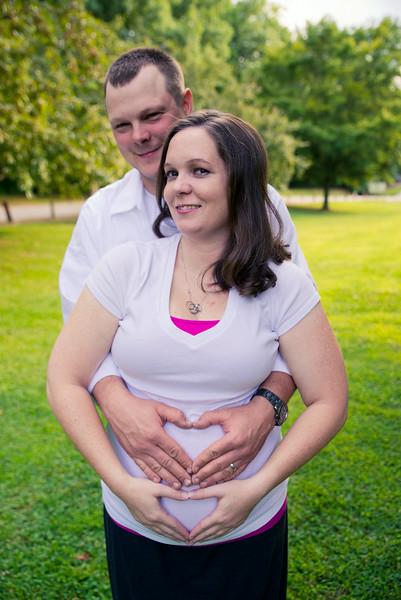 Maternity _Session_Hill_-1-2.jpg