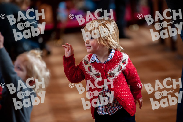 ©Bach to Baby 2019_Laura Woodrow_Twickenham_2019-07-12_ 19.jpg