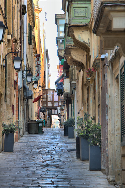 Strait Street, Valletta, Malta.      03/24/2019