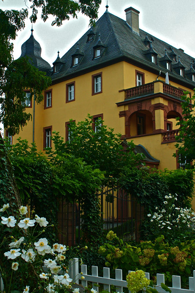 Schloss Vollards Wine Estate in Rudesheim Germany