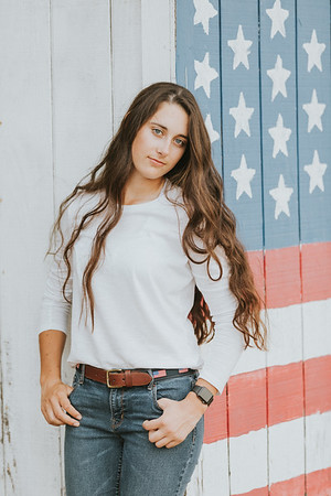 Shelby - Senior Pictures