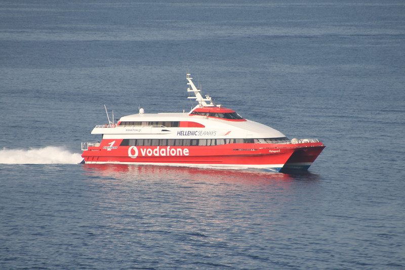 2011 - HSC FLYINGCAT 1 at sea on route to Piraeus.