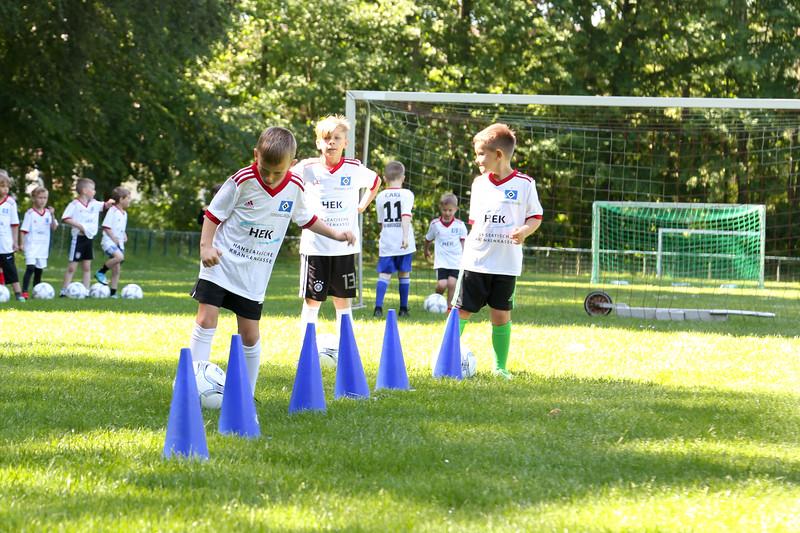 hsv_fussballschule-104_48047949546_o.jpg