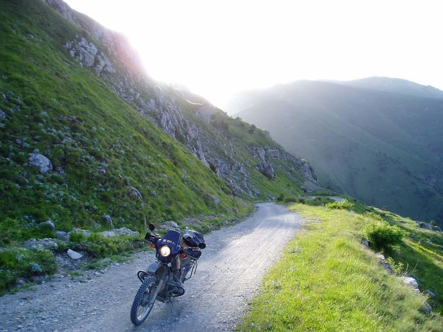 Tendapas reed ik 's ochtends, 's avonds, met of zonder bagage