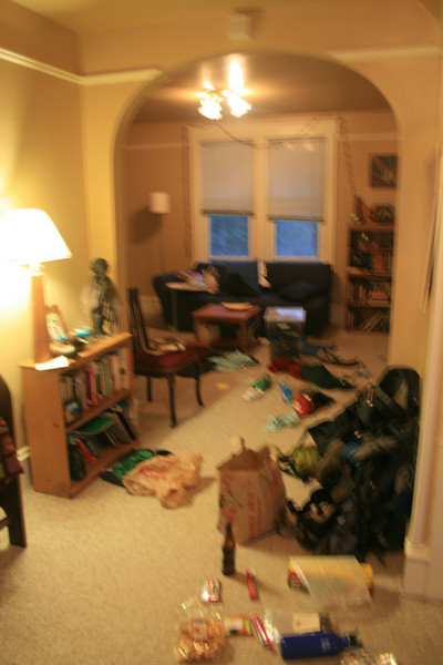Packing frenzy YARD SALE! Trying to pack for 7 days out at my house.