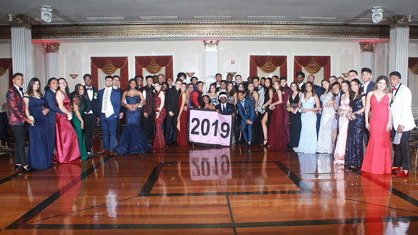 Prom 2019 Formal Poses