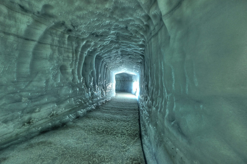 Tunnel inside Langejokull