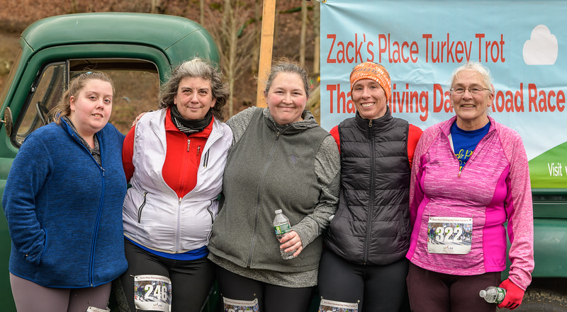 2019 Zack's Place Turkey Trot -_8507866.jpg