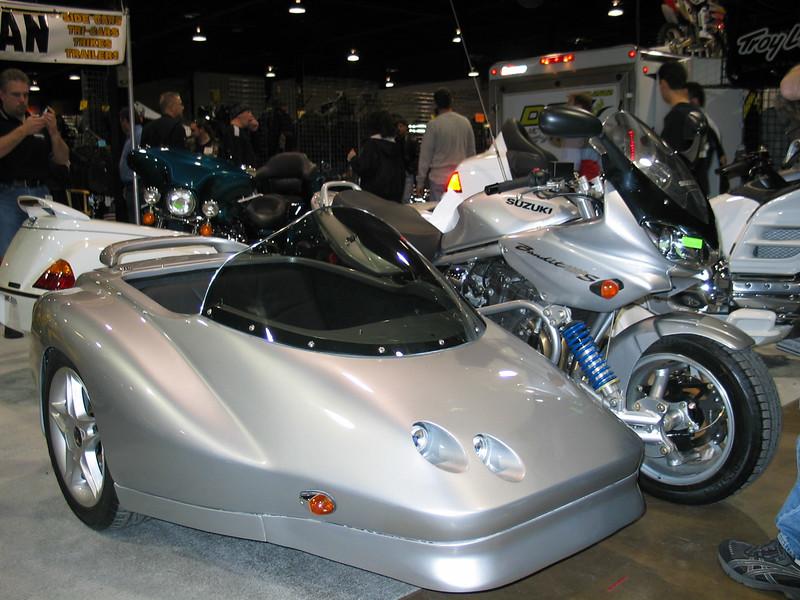 Suzuki Bandit with sidecar