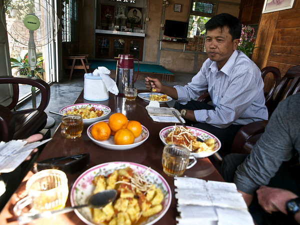 Burma trek #2--with '9-9'