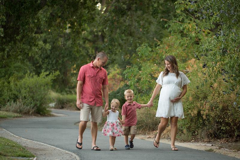LeAnne Maternity Session-8.jpg