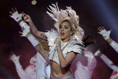 starbucks-teams-with-lady-gaga-for-cups-of-kindness