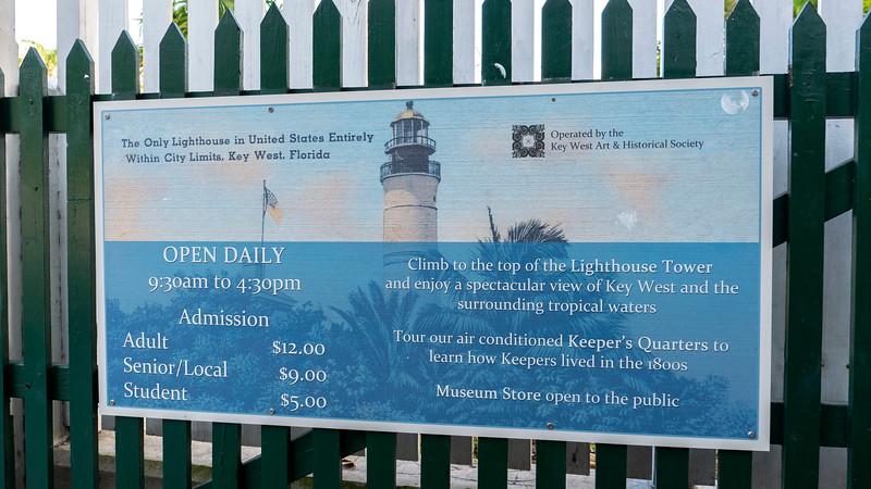 Florida-Keys-Key-West-Lighthouse-02.jpg