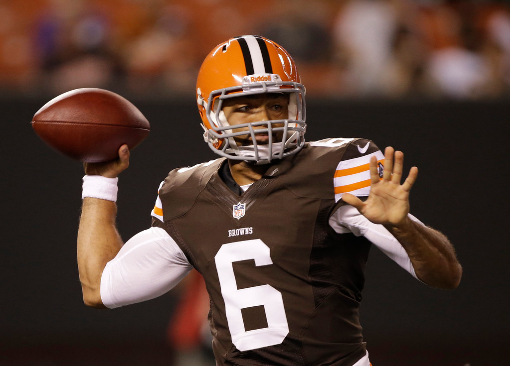 . News-Herald file Cleveland Browns quarterback Seneca Wallace passes in the fourth quarter of an NFL preseason football against the Philadelphia Eagles game Friday, Aug. 24, 2012, in Cleveland. The Eagles won 27-10.