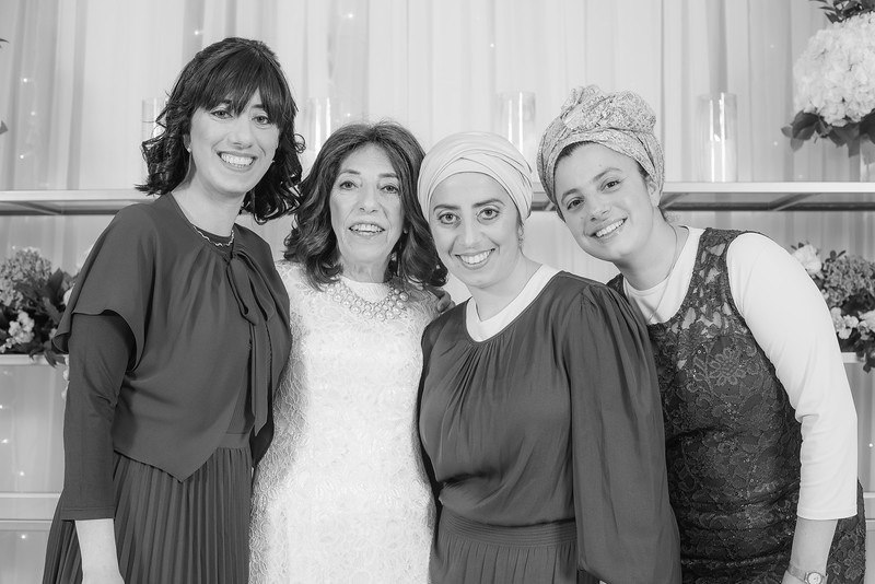 Miri_Chayim_Wedding_BW-201.jpg