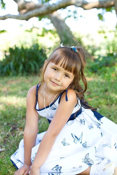 Oksana & Kids 2013 -9.jpg