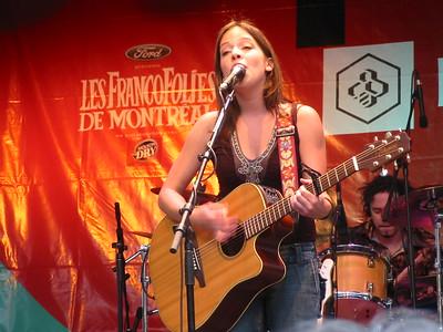 Amélie Veille Francofolies 13-06-06