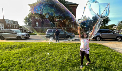 Event Brings Kids & Bubbles Together