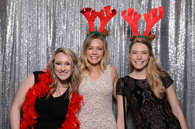 nwg residential holiday party 2017 photography-0048.jpg