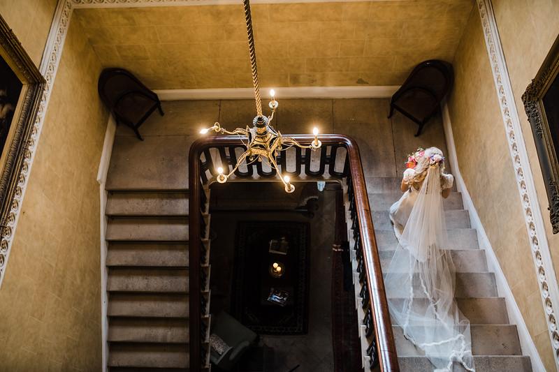 Bride Portrait - Aoife O'Sullivan Photography 1.jpg